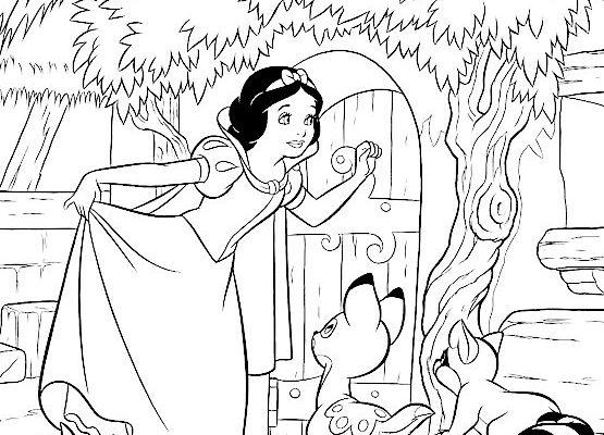 Blancanieves Llama A La Puerta De Los Enanitos Dibujos