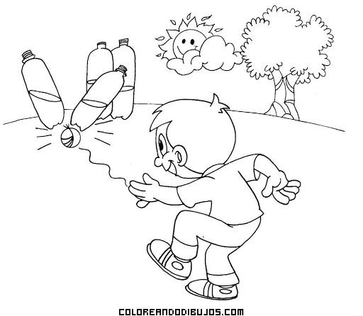 Niño Jugando A Los Bolos Con Botellas De Plástico Dibujos
