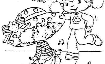 Dibujo Fresita y su amiga se divierten bailando